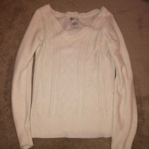 So off white sweater